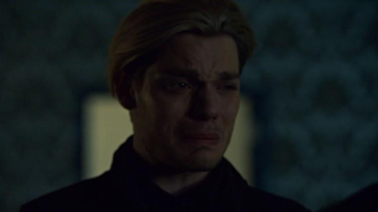 Bonus Jace pleurs.jpg